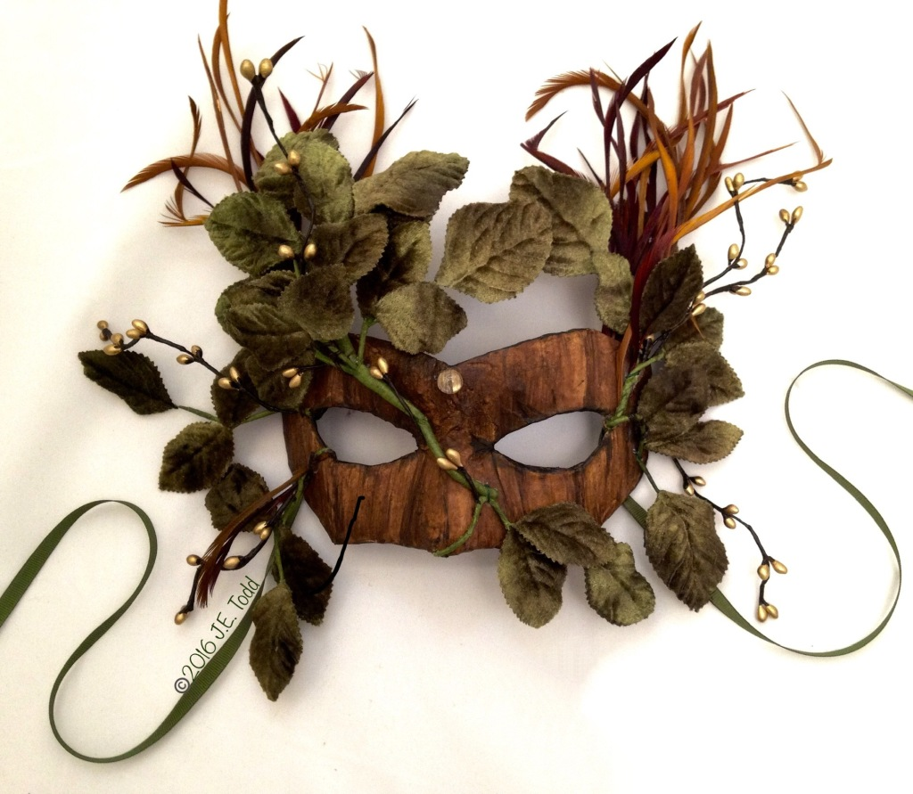 Link to art masks and costumery